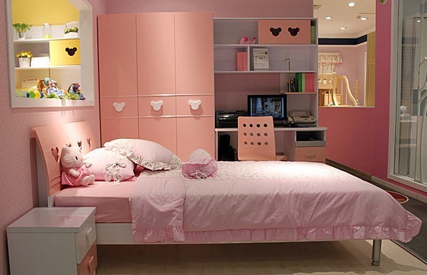 浅粉色欧式房间图片