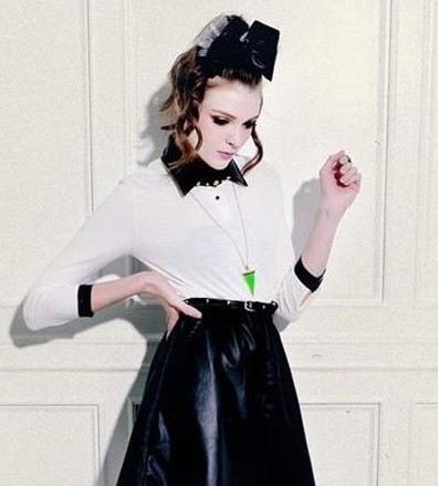 秋季显瘦小皮裙 矮个子女生最帅最潮搭配