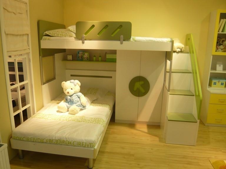 儿童卧室读书角