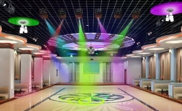 【资料图】   1、了解舞厅的经营方向盘(用途)以及投资情况。2、注意舞厅的大小,特别是舞台、舞池的大小、空间高度,以及整体美术设计、装修设计方面的要求,这些是影响设计的关键因素。3、了解配电供应、电力供给情况。   歌舞厅的形式多种多样,没有固定的模式,按其娱乐性质大致可分为卡拉OK厅、舞厅、歌舞厅三类。   1、卡拉OK厅设计考虑   纯粹的卡拉OK,完全是群众自娱自乐的形式,对灯光、音响的要求都不太高。灯光的设计主要考虑整体环境气氛的营造,给人以轻松自如、温馨浪漫的感觉,在灯具的选配上,宜多选用一