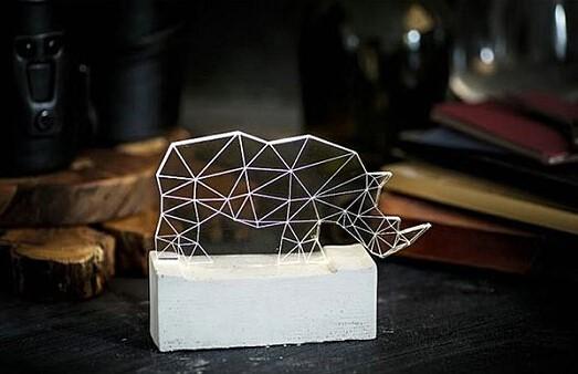 用几何图形拼出的动物灯-悠牛网info