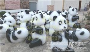 供应玻璃钢雕塑厂家卡通熊猫雕塑仿真人雕塑