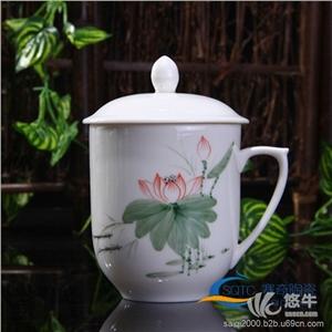 供��陶瓷餐具茶具茶杯,�Y品瓷,陶瓷花瓶�[件,陶瓷酒瓶,酒店用瓷,批量生�a,可按�D�精�制作