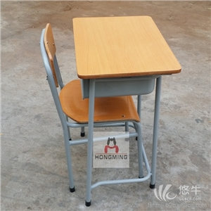 供应钢木阶梯教室课桌椅钢木多媒体课桌椅防火板座板大学连排课桌椅