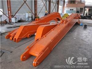 供应汇通重工30T挖掘机二段三段加长臂