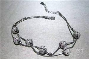 供应新款小灯笼时尚手链-亚西亚银饰批发银饰品