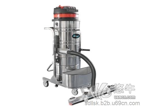 干湿工业吸尘器